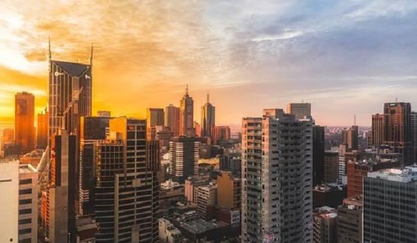 В Мельбурне на два месяца введен жесткий карантин