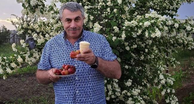 «Не перекармливайте и не травмируйте ребенка»: Доктор Комаровский прошелся по постсоветским привычкам родителей