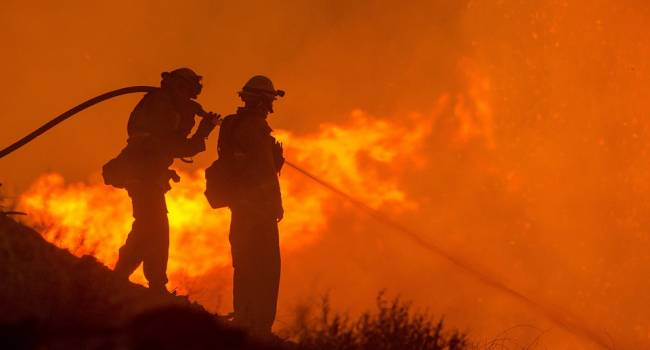 «Ад в Луганской области»: Только в одном из поселков из-за пожара сгорели дотла почти 50 частных домов