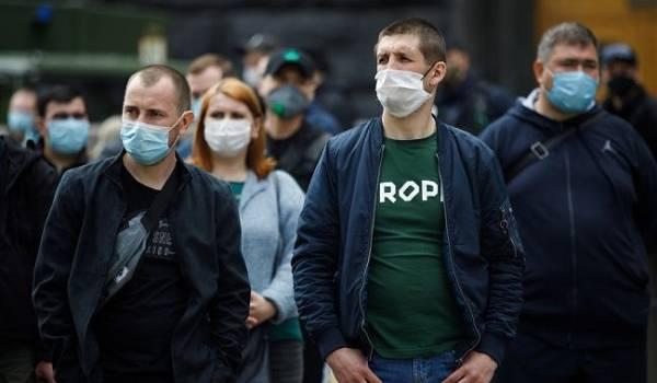 Коронавирус в Украине не утихает: Степанов озвучил новые неутешительные данные