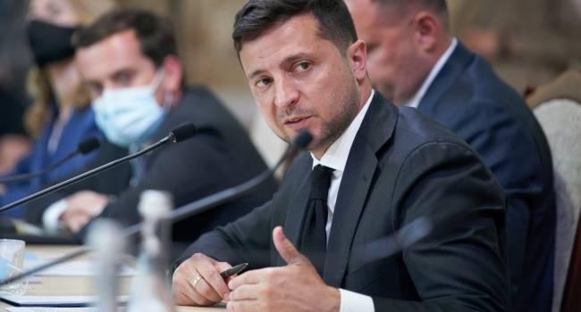 Журналист: Зеленский повесил на шею украинцев еще один долг