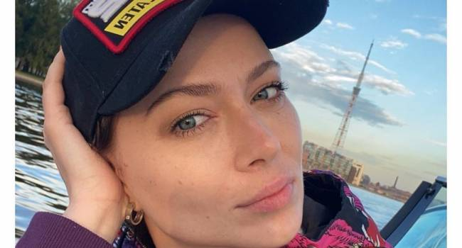 «Когда таланта нет можно и п**ду показывать»: Настасья Самбурская засветила обнаженное тело перед камерой