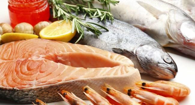 До 1 килограмма в день: диетологи рассказали о пользе похудения на морепродуктах и рыбе