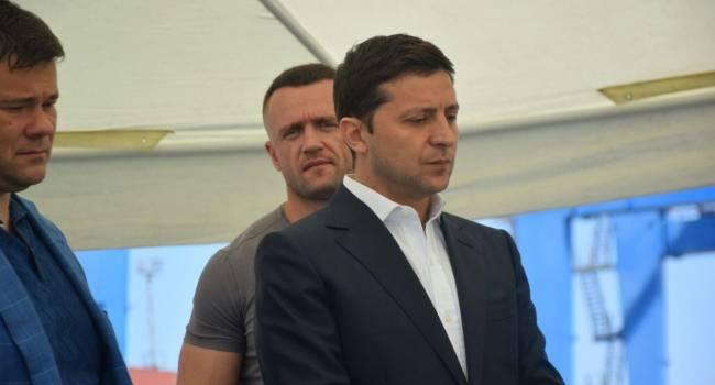 «Не ждите, что он что-то сделает для страны»: общественник призвал прекратить обсуждение переезда Зеленского