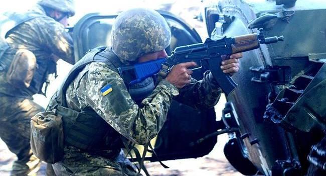 Историк: в 2014-м году ободранная украинская армия дала прикурить путинским «ихтамнетам». Об этом «путинские холуи» не расскажут