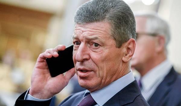 «Готовы стукнуть по столу кулаком»: Кремль пожаловался на трудности в переговорах с Украиной