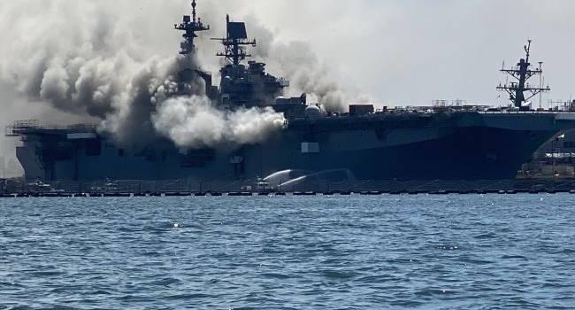 ЧП в США: Взорвался военный корабль, на борту которого были 160 бойцов ВМС