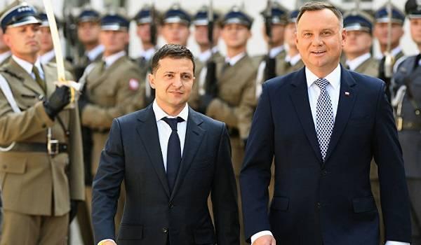 Зеленский поздравил Дуду с победой на выборах президента Польши