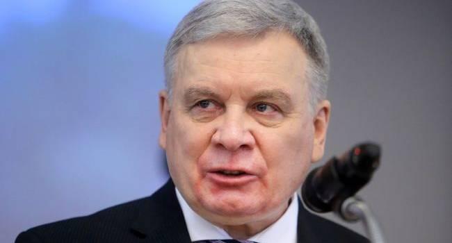 Депутаты Рады в пятницу хотят заслушать министра обороны