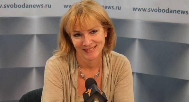 Рыковцева: Страна окажет помощь Хабаровску! Пришлет дополнительных 90 машин «скорой помощи» - с решетками на окошках и санитарами из Ростова