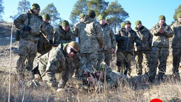 «Вторжение России»: Херсонскую область срочно хотят усилить количеством военных