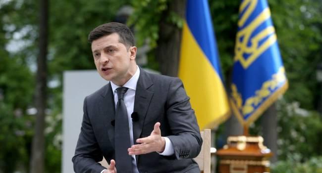 Политолог: власть гоняется за Порошенко на фоне абстрактных заявлений о «той стороне» как субъекте войны