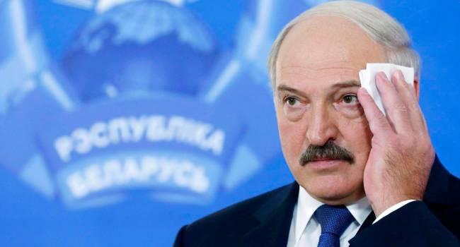 Эйдман: Если Лукашенко окажется перед выбором - отдать власть оппозиции и отправиться в тюрьму, либо стать путинским чиновником - он выберет второй вариант