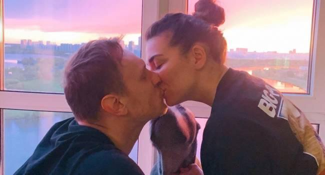 «Я не знаю того, кто любил меня когда-то больше»: Анна Седокова трогательно поздравила своего парня с днем рождения thumbnail