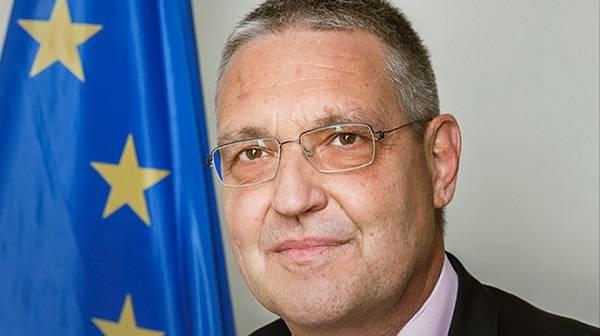 Евросоюз выразил обеспокоенность в связи с попытками Кремля пересмотреть роль РФ в ТГК и «нормандском формате»