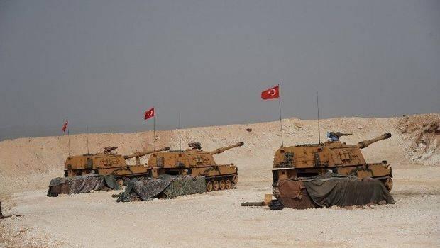 «Опять разбитое корыто»: Русские убежали из позиций в Сирии после мощного удара турецкой артиллерии
