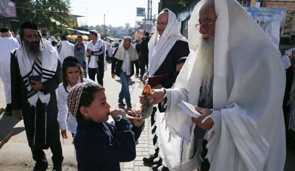 В Израиле просят Зеленского запретить паломничество хасидов в Умань
