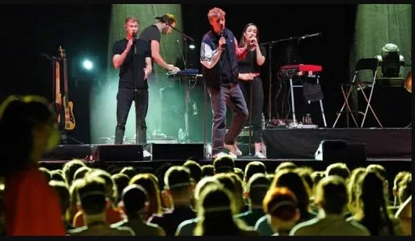 В Германии для изучения коронавируса провели три концерта