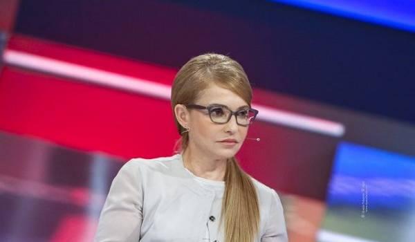 Тимошенко предложила Кравчуку руку помощи в установлении мира на Донбассе