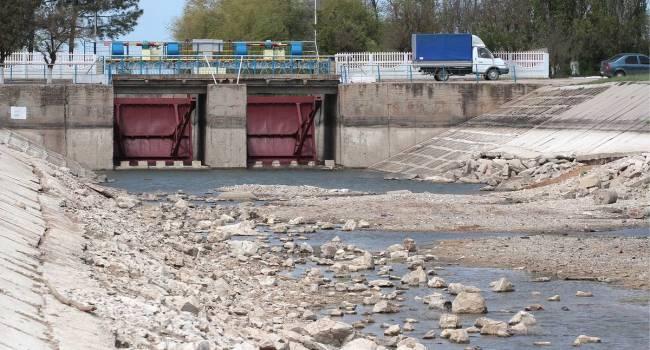 «Водная блокада со стороны Киева отправится на свалку истории»: политолог заявил о строительстве нового водопровода на полуострове Крым