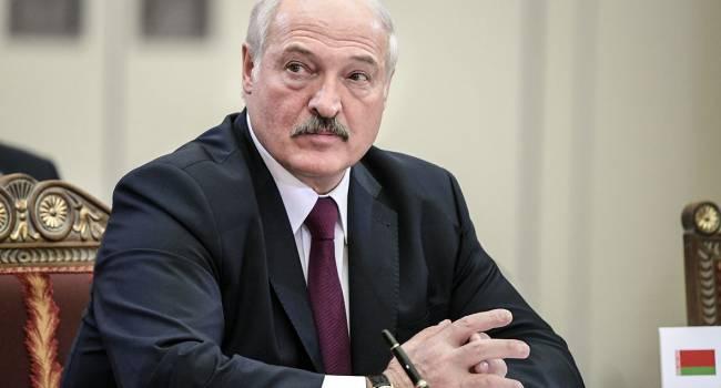 Октисюк: Лукашенко, скорее всего, удержит власть, но при этом ему придется согласиться на условия Кремля