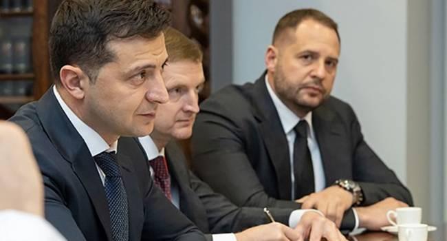 Эксперт: Россия просто не может упустить свой шанс, пока Украиной руководит сладкая парочка «Зеленский-Ермак». Кучма с Пинчуком это уже поняли
