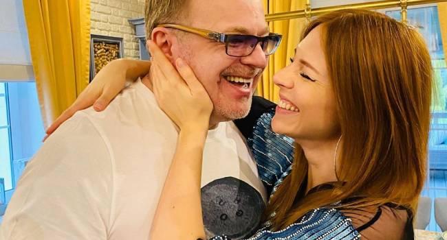 Жена Владимира Преснякова засветила «второй подбородок» и прокомментировала свою беременность