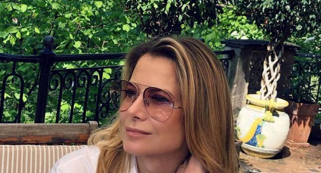 «Совсем не изменилась, только волосы короче!» Юлия Высоцкая показала свое студенческое фото