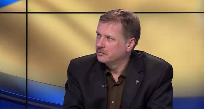 Чорновил: Гармаш все правильно сказал - Кравчука назначили в ТКГ по требованию Кремля, ведь первый президент уже давно занимает откровенно пророссийскую позицию