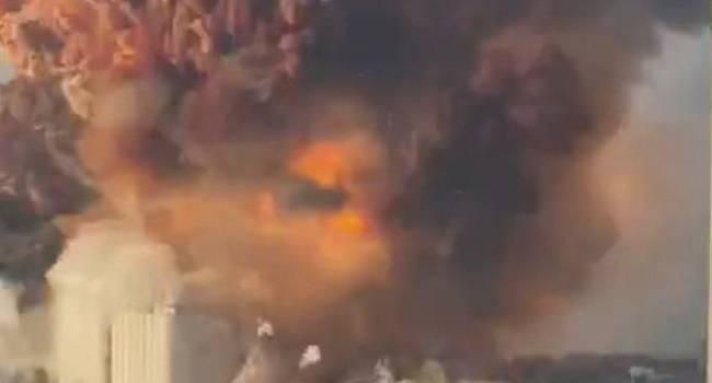 «Мощность в 2 килотонны тротила»: Установлена настоящая причина взрыва в Бейруте – военный эксперт