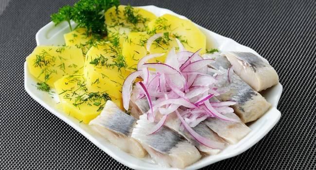 Самая простая пища: диетологи рассказали, как сбросить вес на самом обычном рационе питания с картофелем