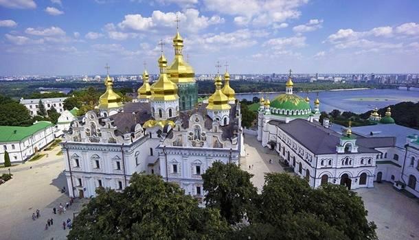 Зеленский прокомментировал петицию о Киево-Печерской лавре