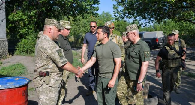 Политолог: к осени избирателям уже будет все равно, насколько «хороший простой парень» президент Зеленский