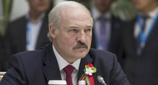 «Этого он боится больше всего»: политолог назвал главный страх Лукашенко