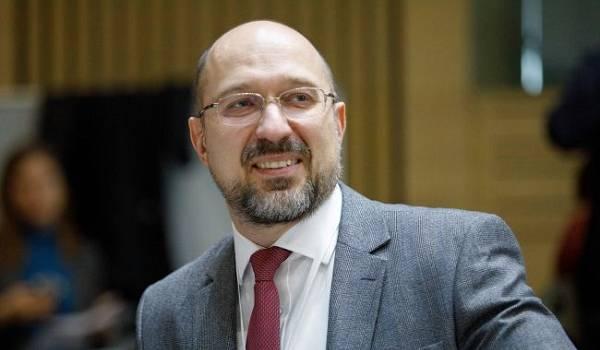 Премьер считает «политической» критику местных властей карантинных ограничений