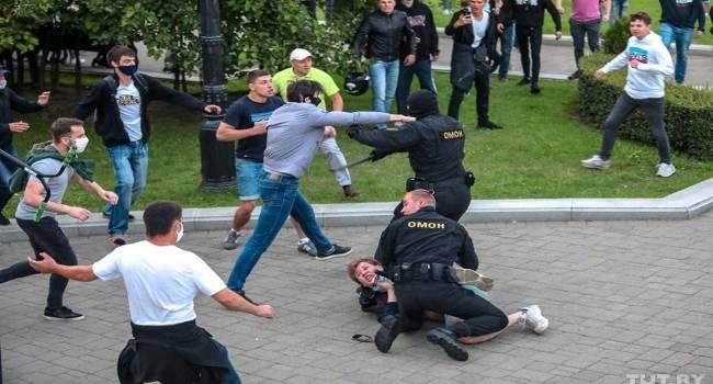 Луканов: кажется, сейчас белорусы перестали бояться. Драки с силовиками происходят по всей стране