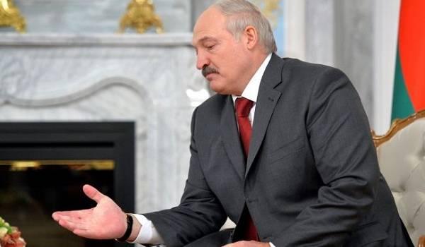 Лукашенко считает, что протесты в Беларуси не обошлись без «майданутых» украинцев