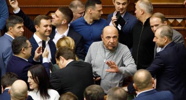 Бобыренко: «пятая колонна» в «ОПЗЖ» и «Слуга народа» хочет объединиться