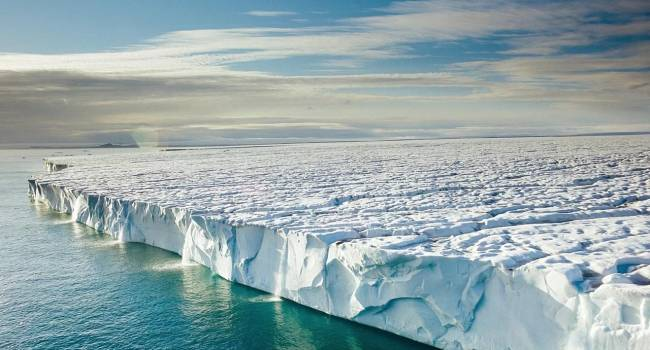 Осталась четверть века: ученые заявили, что Арктика полностью освободится от льда