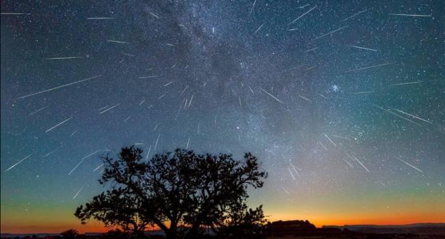«Можно будет увидеть сегодня ночью»: астрономы рассказали о пике метеорного потока Персеиды