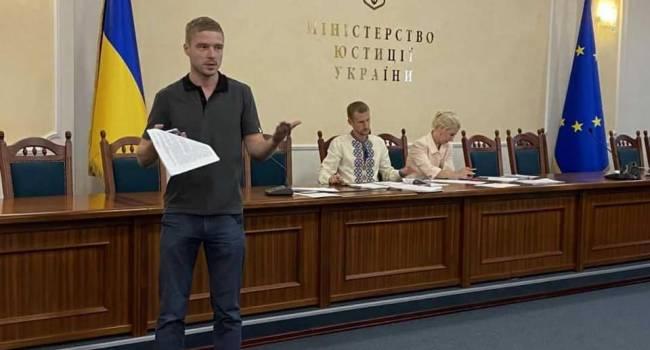 Политолог: у Зеленского появилась уникальная возможность попрощаться с «ОПЗЖ» и «Партией Шария», заручившись поддержкой их электората