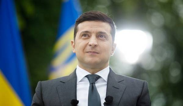 Зеленский заверил, что протесты в Минске не станут препятствием для переговоров ТГК