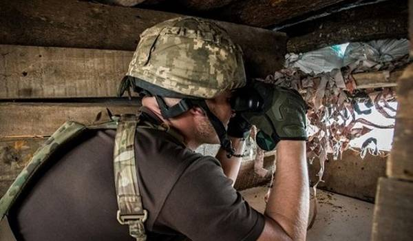 В результате подрыва на Донбассе погиб украинский военный