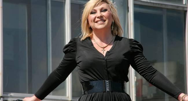 «Как можно уничтожить человека за 2 месяца?»: коллега Легкоступовой эмоционально отреагировала на смерть певицы