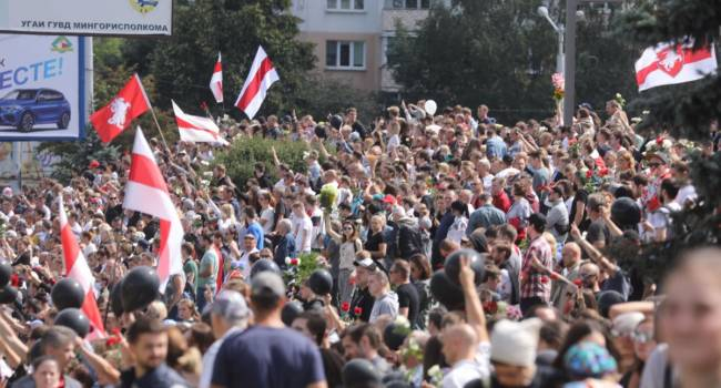 «Угодили в московскую ловушку»: израильский эксперт заявил, что Западу не удалось устроить майдан в Белоруссии