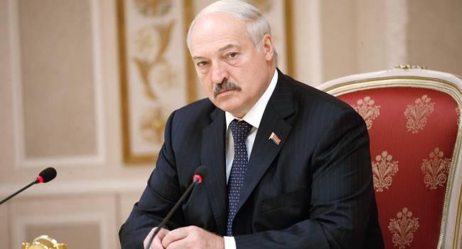 Журналист: Лукашенко до сих пор действующим президентом Украины считает Порошенко