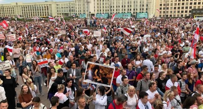 «Лукашенко в автозак!»: В Минске 200 тысяч активистов вышли против президента