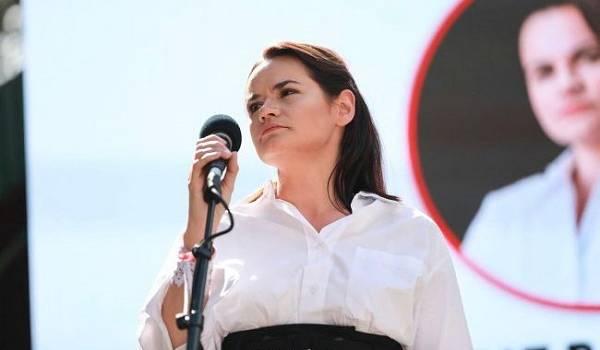 Тихановская намекнула, что ее муж будет участвовать в повторных выборах президента Беларуси