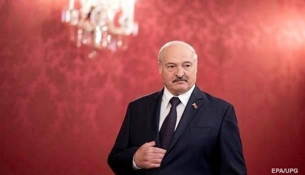 Лукашенко передал Зеленскому поздравления с Днем Независимости