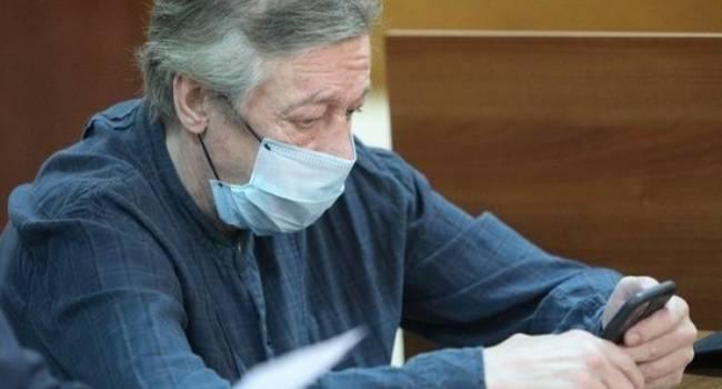 «Очень похоже на затягивание процесса»: адвокат заявил о главной ошибке Ефремова